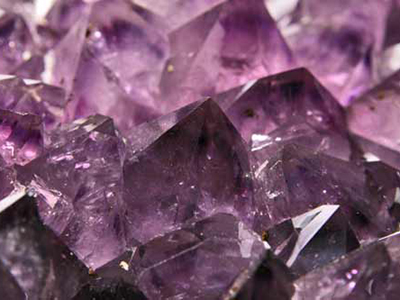 Orin Jewelers Learn About Colored Gemstones